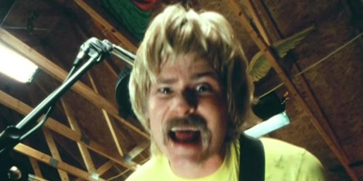 Tom DeLonge - Blink 182 First Date Video